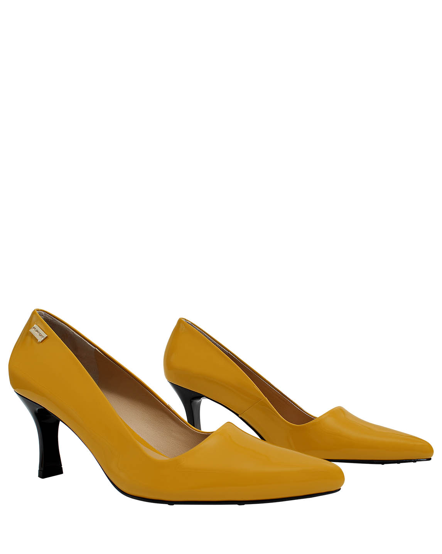 Calzado Reina FR -7892 Color Amarillo