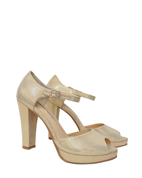Calzado Sandalia FS-8748 Color Oro