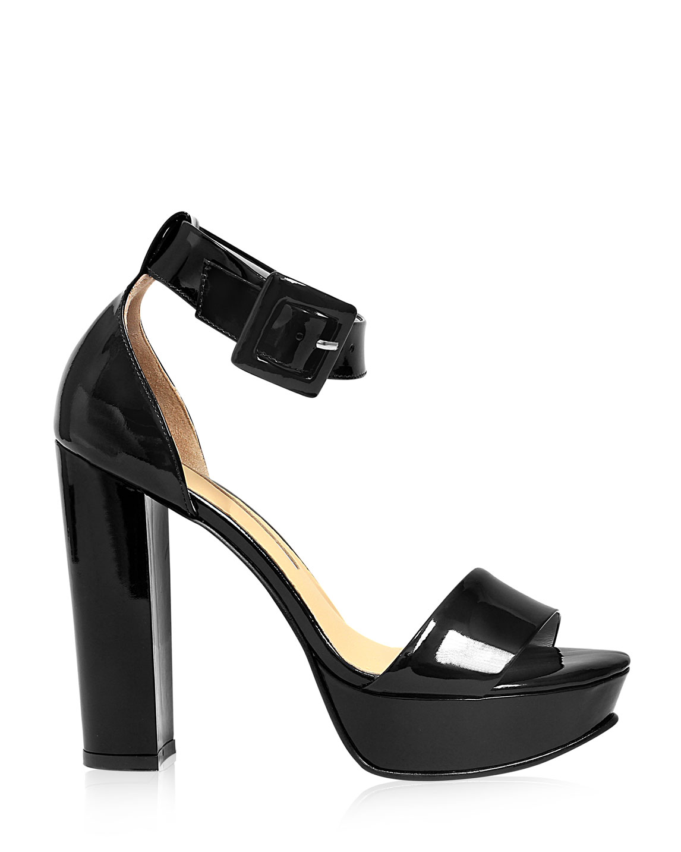 Calzado Sandalia FST-8236 Color Negro